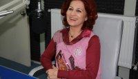 Betül Arım Gülçin'in Mikrofonu'nda şen kahkahalarıyla bizi de neşelendirdi. (19 Şubat 2012)