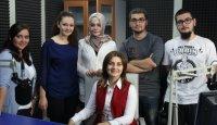 TRT'nin başarılı ve güzel spikeri İnci Ertuğrul Seval Ayran'ın sorularını samimiyetle yanıtladı. (5 KASIM 2012)